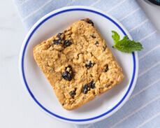 Jenny Craig food: Blueberry and Oats Square