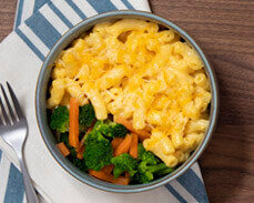 Jenny Craig Food: Three Cheese Macaroni with Broccoli and Carrots